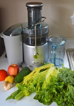 Pros & cons of our new Breville juicer plus some tips and recipes for juicing!