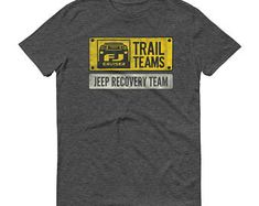 Toyota FJ Cruiser Trail Team: Jeep Recovery team shirt - Classic Car Gift  for Men, Short sleeve t-shirt