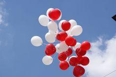 was gibts besseres als rose bei einer hochzeit? da können die ballons steigen :)
