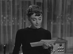 healthy people 2020 obesity and poverty action: Aubrey Hepburn, Audrey Hepburn Photos, Audrey Hepburn Style, Bowie, Sabrina 1954, Turtleneck Style, Cute Poses, Iconic Women, Aesthetic Photo
