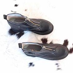 👊🏻💥 #PisanFuerte   Nuevas AGRA BLACK BOOTS   Disponibles a partir de mañana en el #LocalPocitos y para #Envios 🚚🆓 #hotshoes #forsale #ilike #shoeslover #like4lik #shoes #niceshoes #sportshoes #hotshoes