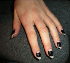 Moon Manicure Nails at the New York Fall Fashion Week 2009 - image by CND. Half Moon Manicure, White Manicure, Moon Nails, Nail Manicure, Gel Nails, Dark Nails, Classy Nail Art, Vintage Nails, Minimalist Nails