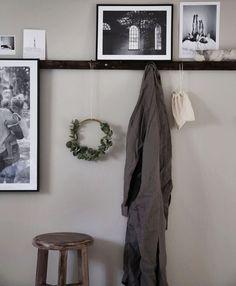 Shaker pegs with shelf Dream Bedroom, Home Bedroom, Bedrooms, Modern Rustic, Modern Boho, Entrance Ways, Beautiful Interior Design, Interior Inspiration, Bedroom Inspiration