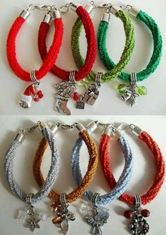 A limited colection of crochet christmas bracelets Crochet Christmas, Hoop Earrings, Crafty, Bracelets, Tips, Jewelry, Holiday Gifts, Bangles, Jewlery