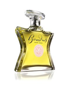 The light floral scent of infuriatingly discreet good taste… guaranteed. A discreet but not too sweet mélange of fresh florals that floats through the air like a whiff of well-brewed tea. Notes: Mimosa, lemon, chamomile, paperwhite, rose, musk, ebonywood, vanilla