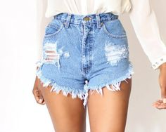 Visit our website for more shorts and special discounts!  www.Audellaboutique.com DONT SEE YOUR SIZE ? Just Ask Us   Each Shorts are one of a kind . Each will be vintage high waist , same daisy duke cut .The distress will be in the same spot as seen in photos . Your shorts will be from a random pick of denim shorts , either light wash or dark wash unless stated other wise by you. *****If you order custom shorts in they dont fit , no worries just send them back so we can get a new size right…