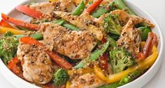 Toasted Sesame and Garlic Stir-Fried Chicken: Make this Asian take-out favorite at home – chicken and vegetables stir-fried in a fragrant sauce with toasted sesame seeds, ginger, garlic and soy sauce.