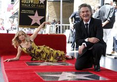 Goldie Hawn and Kurt Russell have both received stars on the Hollywood Walk of Fame ― and they made it look like the most fun ever. Hollywood Boulevard, Hollywood Walk Of Fame, In Hollywood, Oliver Hudson, Kate Hudson, Goldie Hawn Kurt Russell, Never Getting Married, Perfect Together, Beautiful Couple