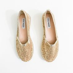 "Steve Madden Champagne Glitter Espadrilles Super casual and on trend. Great for spring/summer.  • I also have a size 8 in my closet • Runs small even though labeled as an 6, may stretch out with prolonged use • Multi-sized glitter with metallic vegan leather edges • 1.5"" platform  • BECAUSE OF LIGHTING, PLEASE BE AWARE THAT COLOR OF THE ACTUAL ITEM MAY SLIGHTLY VARY FROM THE PHOTOS  • MAKE ALL OFFERS USING THE OFFER BUTTON   • NO TRADES Steve Madden Shoes Espadrilles"