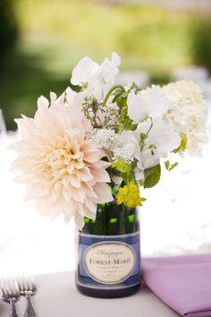 DIY champagne bottle vases, Fleurs de France, Vine Hill House ©Jessamyn Harris (16)