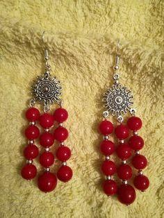 Gold Earrings Designs, Bead Earrings, Thread Jewellery, Beaded Jewelry, Bead Crafts, Jewelry Crafts, Earrings Handmade, Handmade Jewelry, Beaded Bookmarks