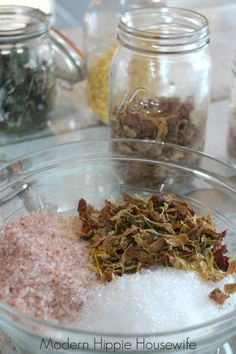 How to Make Therapeutic Bath Salts — Modern Hippie Health & Wellness Natural Baths, Bath Benefits, Salt Scrub Recipe, Milk Bath, Homemade Beauty Products, Bath Salts, Bath And Body, Health And Wellness, Herbalism