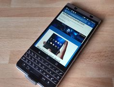 "#inst10 #ReGram @techbuzzireland: Looks and feels good. #Blackberry #KEYone #tech #Ireland ...... #BlackBerryClubs #BlackBerryPhotos #BBer ....... #OldBlackBerry #NewBlackBerry ....... #BlackBerryMobile #BBMobile #BBMobileUS #BBMobileCA ....... #RIM #QWERTY #Keyboard .......  70% Off More BlackBerry: "" http://ift.tt/2otBzeO ""  .......  #Hashtag "" #BlackBerryClubs "" ......."