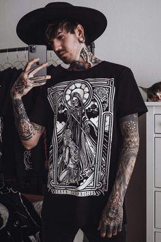 Dark Fashion, Gothic Fashion, Mens Fashion, Arm Tattoos Black, Alternative Men, Dog Hoodie, Outfit Of The Day, Hoods, Mens Tops