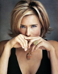 actress, tea leoni, photos, makeup, hands, hairstyle