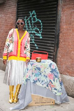 Gucci-Abby-Psychic-Man-Repeller---2