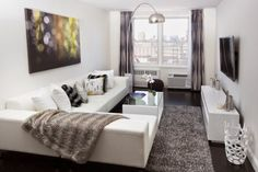 Small and modern living room decor: Trends 2019 - Salones - Condo Living, Home And Living, Living Room Decor, Modern Living, Style At Home, Small Apartments, Pillow Room, Home Interior Design, Sweet Home