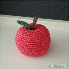 Crochet Food, Diy Crochet, Crochet Hats, Crochet Ideas, Crochet Earrings, Knitting, Irene, Education, Patterns