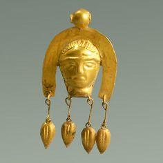 Scythian 5th century B.C. gold pendant.