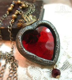 sofiazchoice:  Sacre-Coeur - Stained Glass Sacred Heart Necklace (by parrish relics)