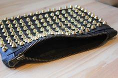 DIY Bolso de mano de cuero negro con tachuelas