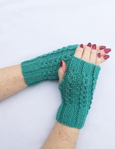 Texting Gloves Knit Hand Warmers Fingerless by ArlenesBoutique