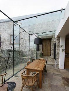 terrassengestaltung aus glas moderne leuchte