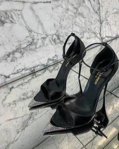Dr Shoes, Hype Shoes, Me Too Shoes, Shoes Heels, Fancy Shoes, Pretty Shoes, Crazy Shoes, Aesthetic Shoes, Aesthetic Black