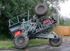 Amazing engineering and thought went into this awesome 4x4. Frick'n AMAZING!