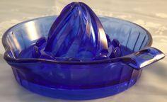 Hazel Atlas cobolt blue juicer