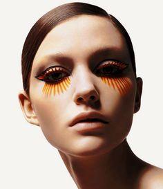 Make Up; Look; Make Up Looks; Make Up Augen; Make Up Prom;Make Up Face; Magical Makeup, Glamorous Makeup, Elegant Makeup, Eyeliner, Mascara, Twiggy, Makeup Art, Eye Makeup, Makeup Drawing