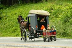 Only in Lancaster - PA Good day to cool off with the family! Middle Creek (photo by Jeffrey K. Amish Country Ohio, Amish Family, Lancaster Amish, Lancaster County, Amish Men, Amish Culture, Amish Community, Pennsylvania Dutch, Amish Recipes
