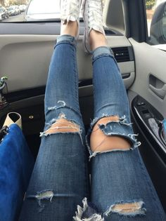 i kind of really want to rip my own jeans but i'm soo scared i'm going to mess up and wreck a perfectly good pair of jeans :/