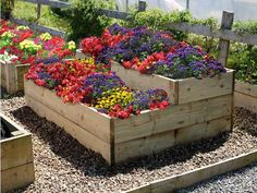 Raised beds for vegetable gardening, a range of high quality timber planters home delivered nationwide. Our raised bed kits and ponds are easily assembled. Garden Edging, Garden Borders, Garden Beds, Raised Flower Beds, Raised Beds, Vegetable Garden Planters, Flower Bed Designs, Bedding Inspiration, Landscaping With Rocks