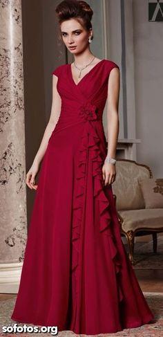 Vestido de festa vermelho rodado