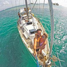 Esse fim de semana vai ser de VELEIRO com a @SailingLifeExperience em Paraty e Ilha Grande!!⛵️ É a mesma empresa que organizava nossas viagens para San Blas, no Panamá [foto], lembram?? E agora também tem várias opções de barcos no Brasil! Animadíssimos!!! Vamos passar 2 noites a bordo.🤗