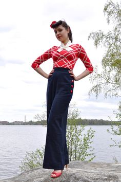40's style swing trousers / pants, dark blue ramie fabric, made to order, sizes 2-16. €102.00, via Etsy.