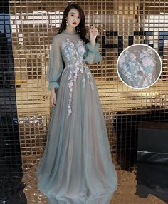 Green tulle lace long prom dress, green tulle evening dress - Description Green tulle lace long prom dress, green tulle evening dress Material: lace, tulle Size: US US US US US US 12 US 2 Shoulder to 4 Shoulder to 6 Shoulder to 8 Prom Dresses Long With Sleeves, Homecoming Dresses, Bridesmaid Dresses, Long Sleeve Gown, Prom Gowns, Wedding Dresses, Elegant Dresses, Pretty Dresses, Beautiful Dresses