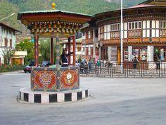 Verkehrspolizist in Thimphu, die einzige Hauptstadt der Welt ohne Ampelsystem