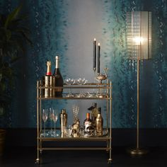 """Find out additional info on """"gold bar cart decor"""". Look at our site. Cocktail Trolley, Home Bar Areas, Mid Century Bar, Gold Bar Cart, Wooden Bar Stools, Bar Cart Decor, Pub Set, Vintage Bar, Elegant Homes"""