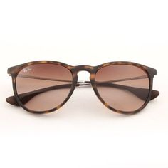 13e9a8f702a Product Description Ray-Ban is the world s most iconic eyewear brand and is  a global leader in its sector.