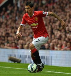Paris Saint-Germain head coach Laurent Robert Blanc admits the club is interested in signing Angel Di Maria from Manchester United. British Premier League, Barclay Premier League, English Premier League, Manchester United Top, Manchester United Football, Psg, Fifa, Soccer Scores, Football Awards
