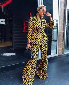 ankara mode This African Print set can be made to order in US sizes 0 - It can also be made to measure in buyer's exact measurement. The Ankara fabric used is cotton, gentle on th African Print Dresses, African Print Fashion, Africa Fashion, African Fashion Dresses, African Dress, Fashion Prints, Nigerian Fashion, African Prints, Ankara Fashion