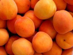 frutas de color anaranjada
