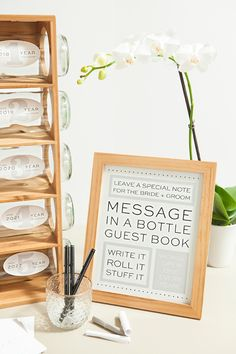 Awesome idea for a DIY message in a bottle, wedding guest book with FREE printables! planner printables free guest list Check Out This DIY Message In A Bottle Guest Book! Inexpensive Wedding Favors, Unique Wedding Favors, Wedding Souvenir, Wedding Guest List, Guest Book Ideas For Wedding, Unique Guest Book Ideas, Wedding Beach, Wedding Book, Trendy Wedding