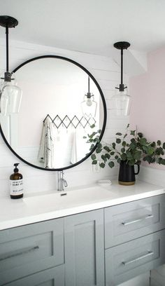 Modern Farmhouse, Rustic Modern, Classic, light and airy master bathroom design some ideas. Bathroom makeover tips and master bathroom renovation a few ideas. Living Room Tumblr, Douche Design, Vanity Set With Mirror, White Mirror, Black Vanity, Single Bathroom Vanity, Ikea Bathroom, Bathroom Cabinets, Bathroom Vanities