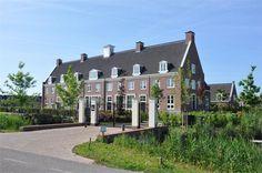 De Heeren Veste - Patriciërshuis aan de Vecht met Koetshuis te koop: Oostwaard 26, Maarssen
