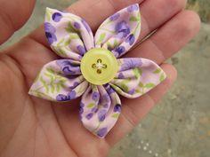 DIY: Flor de Fuxico | pequeninos.blog.br