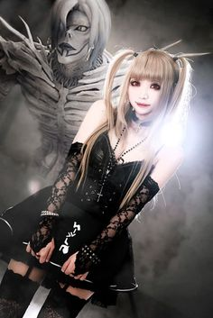 Cosplay Anime Costume Misa Amane Cosplay from Death Note - From the incredible manga and anime, to the forgettable live-action movies, and even the surprisingly good musical play. People love Death Note, and the Anime Misa Amane Cosplay, Cosplay Anime, Amane Misa, Epic Cosplay, Cute Cosplay, Cosplay Makeup, Amazing Cosplay, Cosplay Outfits, Halloween Cosplay