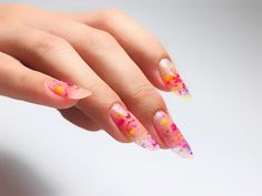 Hot nails for summer